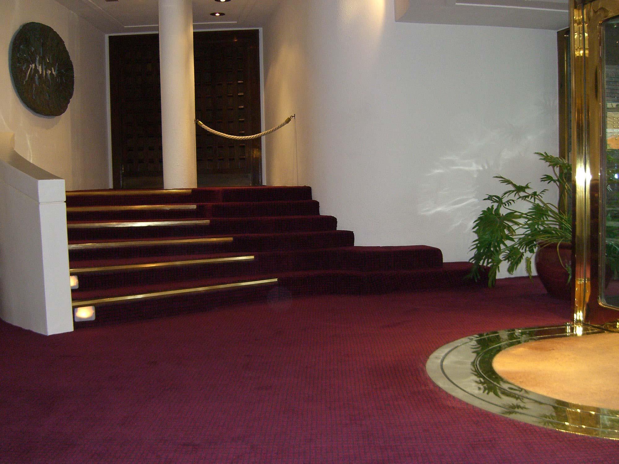 Woven Contract Carpet
